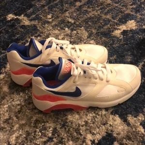 Nike Shoes - NWOT Nike Air Max 180